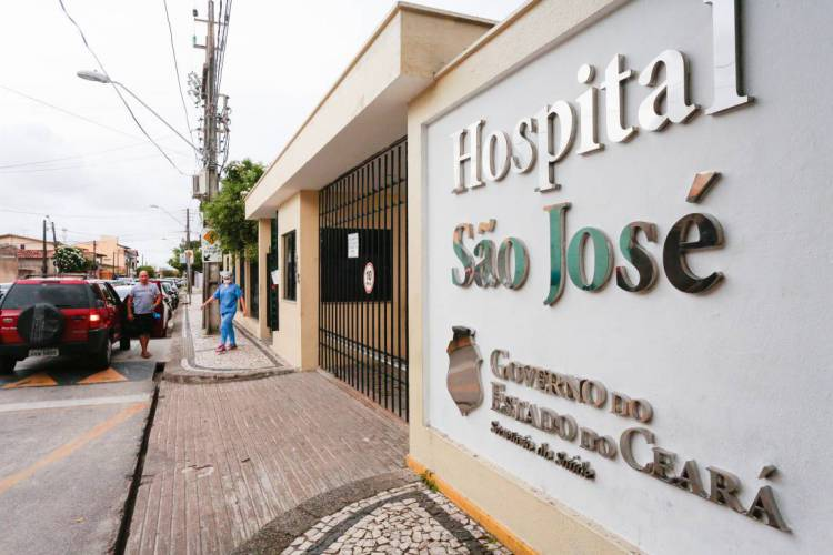 FORTALEZA-CE, BRASIL, 15-04-2020: Fachada do Hospital São José em Fortaleza.. Coronavírus - Covid-19. ( Foto: Júlio Caesar / O Povo) (Foto: JÚLIO CAESAR)