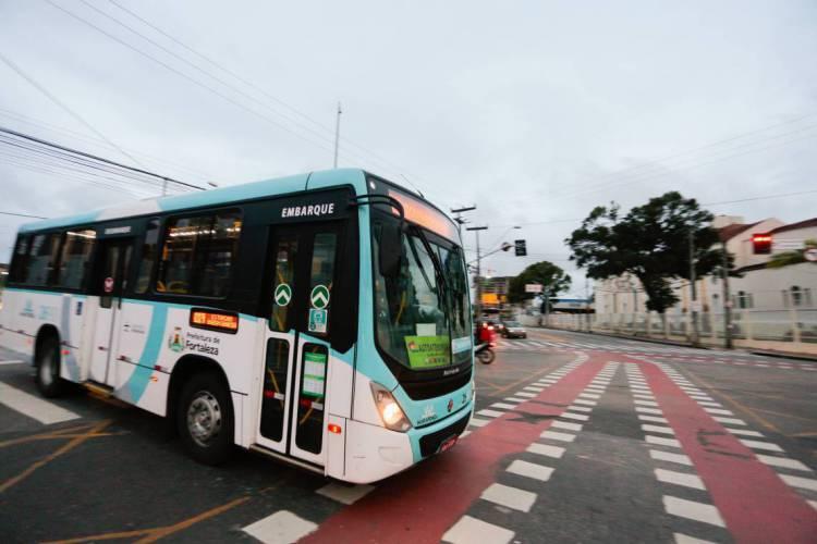 A medida anunciada na última sexta, 5, pelo prefeito Sarto (PDT) tem o objetivo de suprir a demanda da população que usa o transporte coletivo todos os dias (Foto: JÚLIO CAESAR)