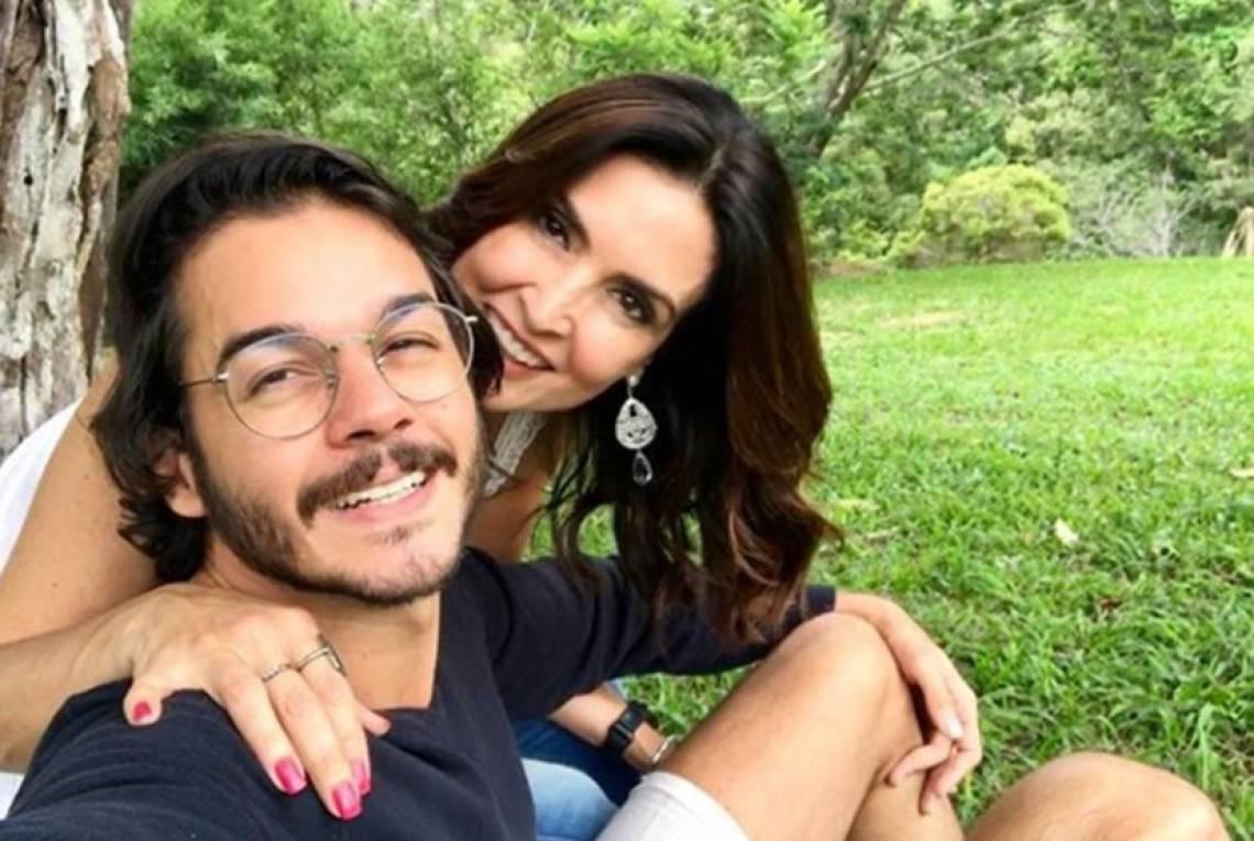 O casal Fátima Bernardes e Túlio Gadelha está junto em isolamento em casa