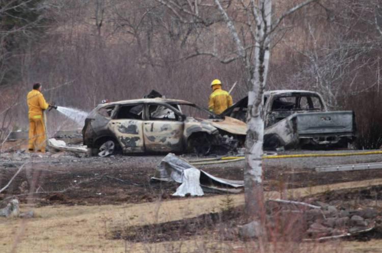Crimes ocorreram na província de Nova Escócia, no Canadá, entre sábado e domingo