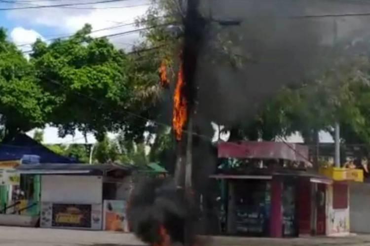 Poste pega fogo e deixa moradores sem energia elétrica em Fortaleza
