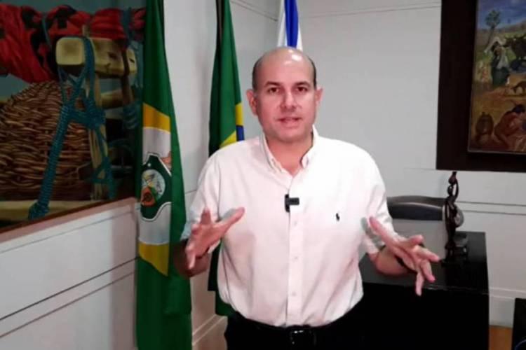 A rede deve realizar atendimentos aos profissionais que estão atuando no tratamento de pacientes com Covid-19; medida foi anunciada durante live do prefeito Roberto Cláudio (PDT) (Foto: REPRODUÇÃO)