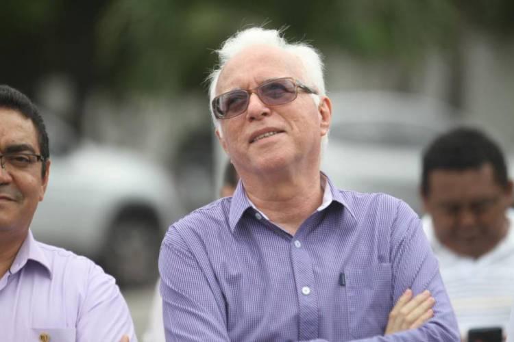 Informações sobre o quadro de saúde do reitor foram divulgadas por sua família e confirmadas pela assessoria da Uece (Foto: Mateus Dantas em 21/02/17)