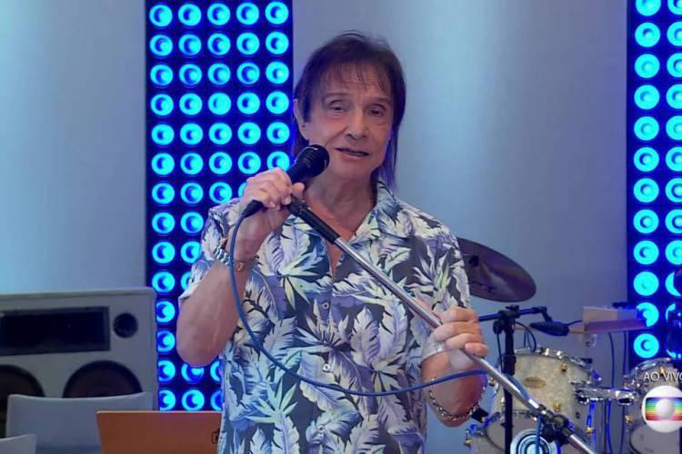Programa de Roberto Carlos no fim do ano era realizado desde 1974 (Foto: Reprodução/Globo)