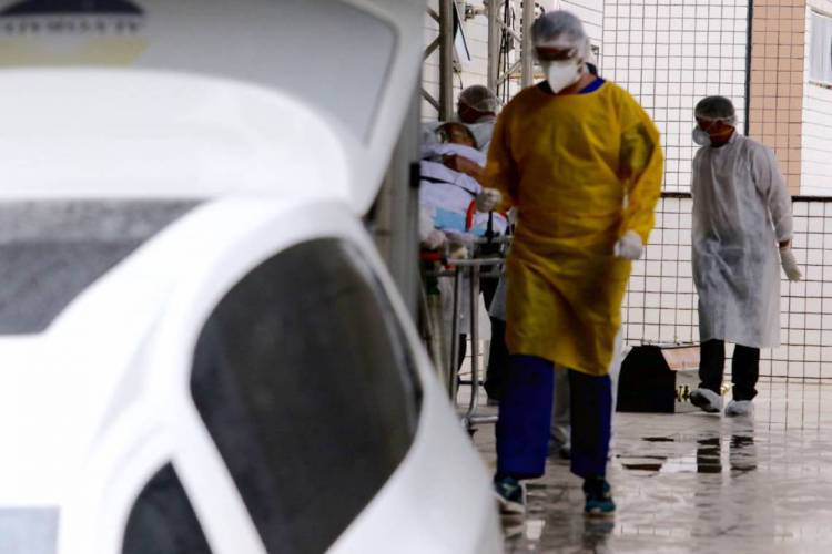 Fortaleza, Ceará Brasil 21.04.2020  Movimentação de pacientes no Hospital Leonardo da Vinci (Fabio Lima /O POVO) (Foto: FABIO LIMA)
