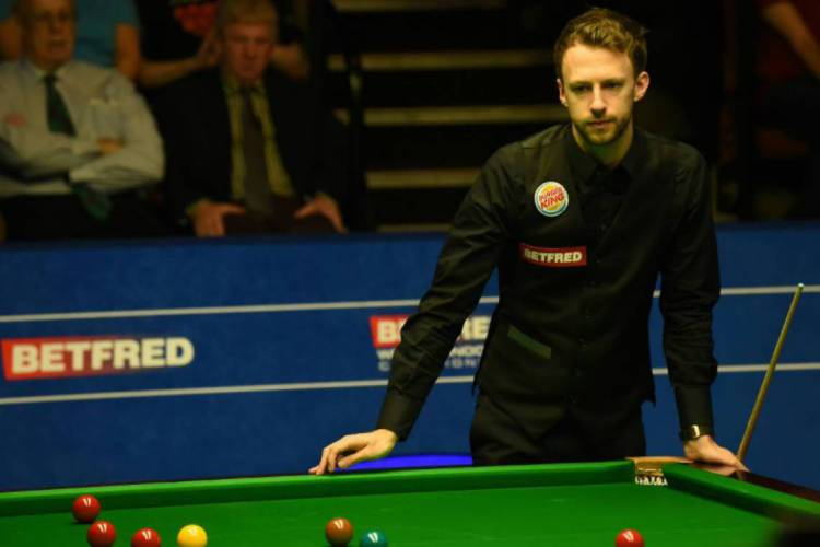 Judd Trump, campeão do Triple Crown de sinuca  (Foto: AFP)
