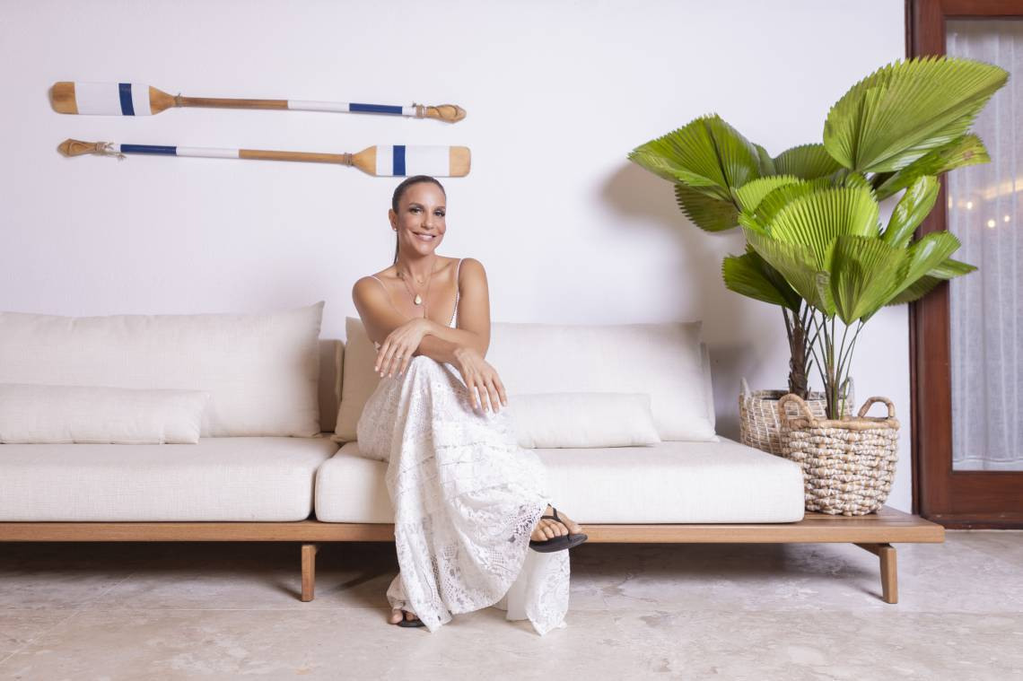 Ivete Sangalo: bate-papo e muita música direto de sua casa, em Salvador