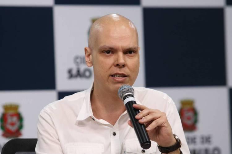 Prefeito de São Paulo, Bruno Covas, segue em tratamento de câncer