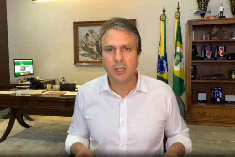Camilo se mostrou revoltado com a circulação de informações falsas sobre o coronavírus (Foto: Reprodução / Facebook)