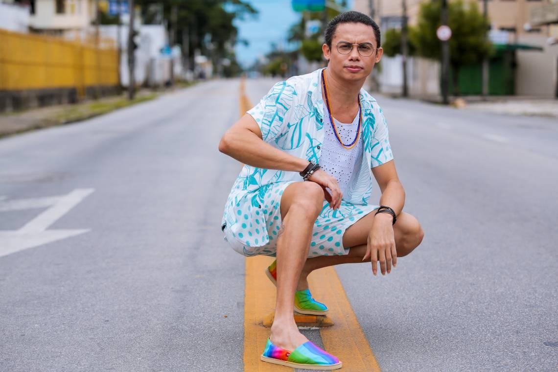 Silvero Pereira apresenta show