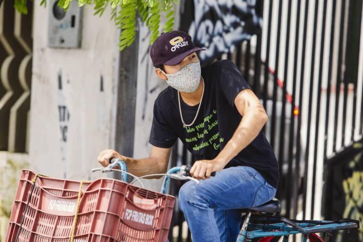 Uso de máscara passa ser obrigatório a partir dessa quarta-feira, 6 (Foto: Aurelio Alves/O POVO)