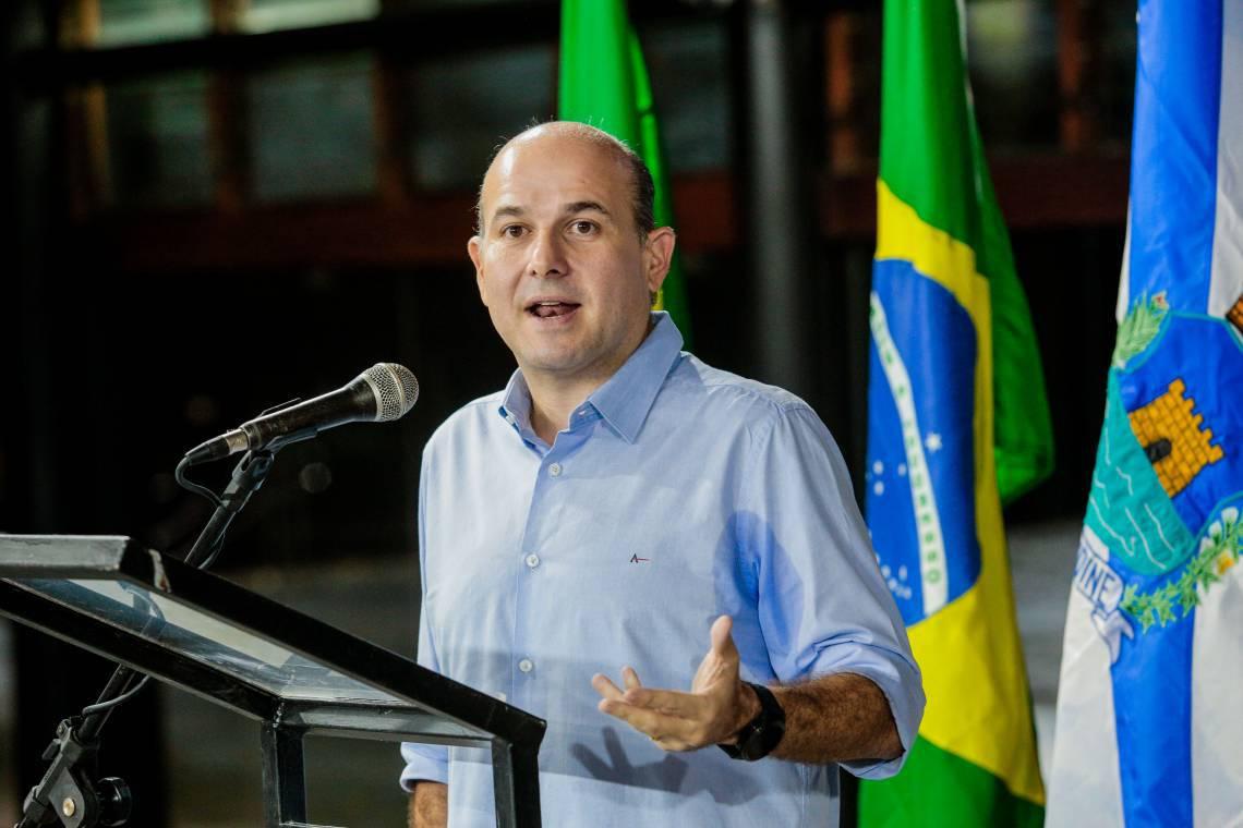 Roberto Cláudio adia decisões sobre sua sucessão