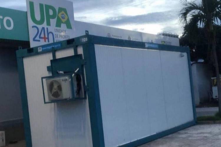 Contêiner instalado na Unidade de Pronto Atendimento (UPA) do bairro Pirambu, localizada na avenida Presidente Castelo Branco (Foto: Portal Pirambu News/ Reprodução)