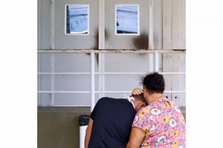 Os pacientes não conseguem se comunicar com os familiares. É solidão, dentro e fora das unidades de saúde