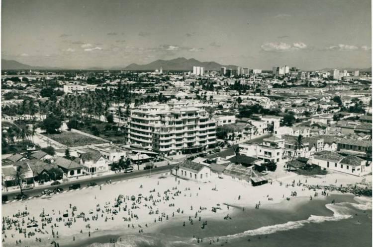 Edifício São Pedro na década de 1950, em seu auge