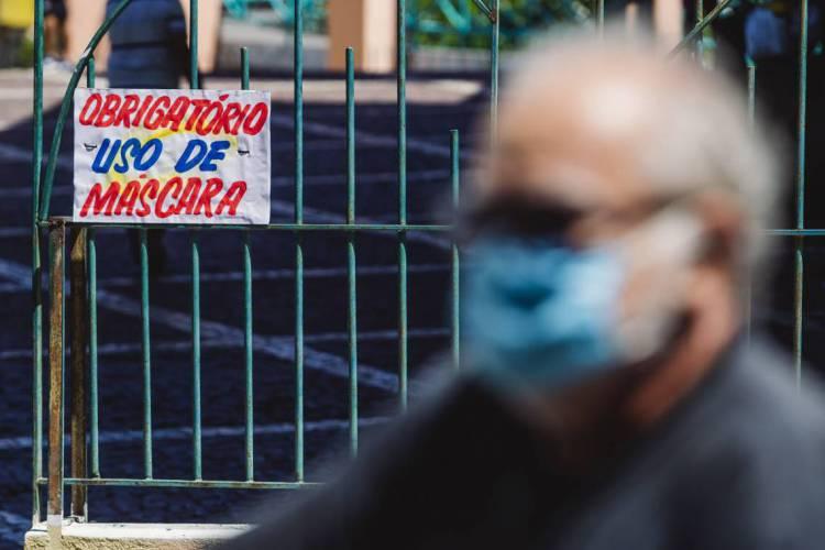 Prefeitura de Sobral informou que o uso obrigatório de máscaras na cidade ocorre desde maio (Foto: Aurelio Alves/O POVO)