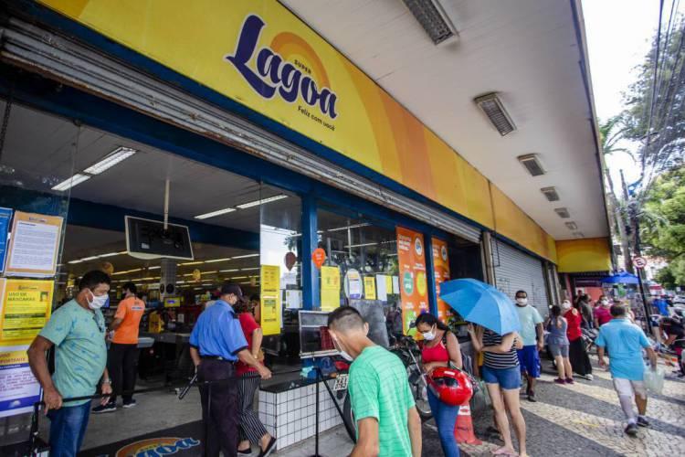 Supermercados abrem normalmente no feriado da próxima segunda-feira, 7 de setembro (Foto: Aurelio Alves/O POVO)