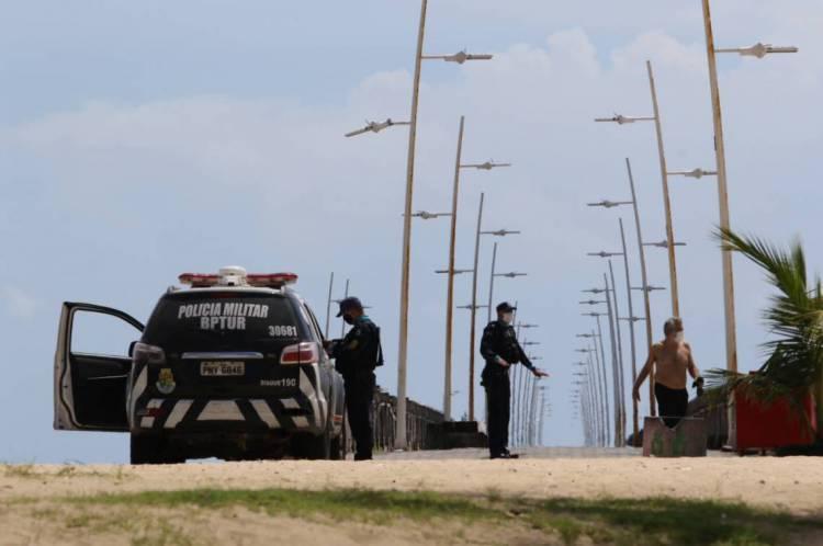 Segundo Camilo, casos de aglomeração no Ceará têm caído desde o aumento da rigidez do decreto de isolamento social