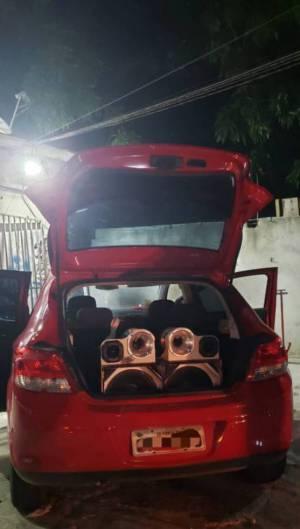 Paredão de som foi apreendido em Fortaleza em meio ao lockdown na Capital