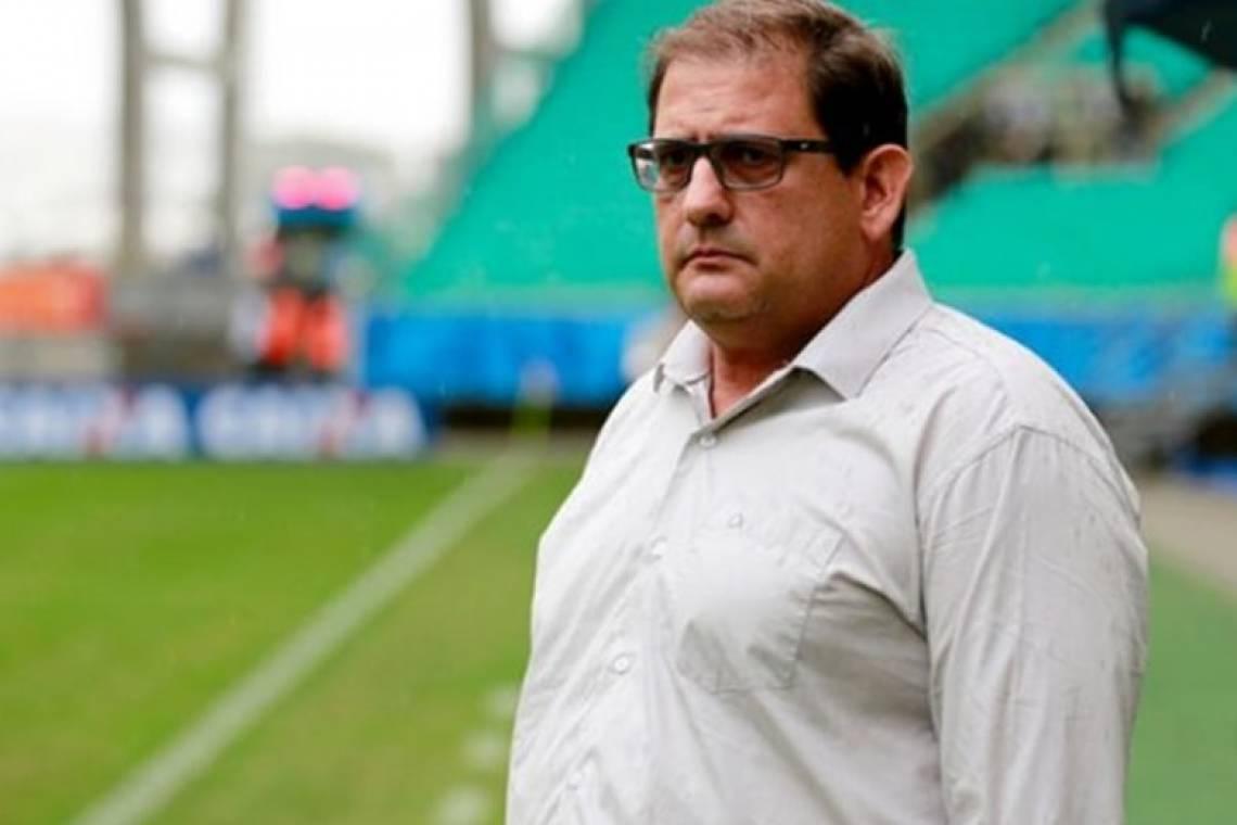 Guto Ferreira só começará a passar seu modelo de jogo quando terminar as entrevistas individuais com os jogadores