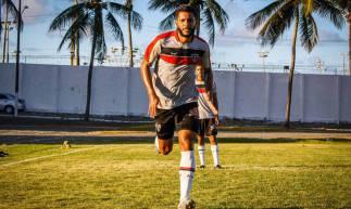 Magno Alves é destaque do Tubarão no início da temporada