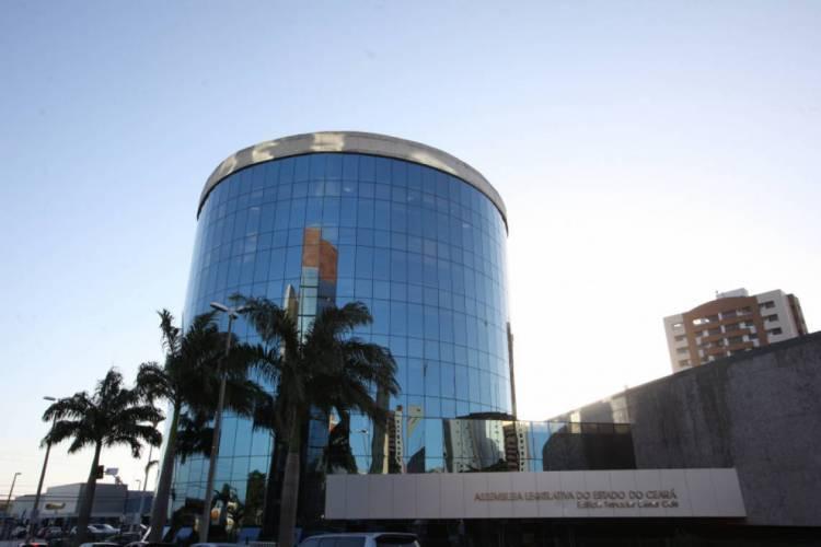 Assembleia Legislativa do Ceará tem feito testagens nos funcionários desde o dia 17 de julho (Foto: Divulgação/AL-CE)