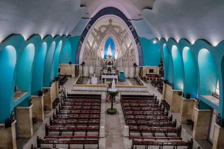 As igrejas permanecerão fechadas por tempo indeterminado (Foto: JÚLIO CAESAR / O Povo)