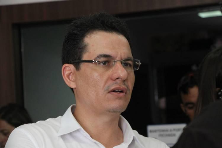 FORTALEZA, CE, BRASIL, 18-09-2018: Edmar Fernandes, presidente do Sindicato dos Médicos.  (Foto: Mauri Melo / O POVO)
