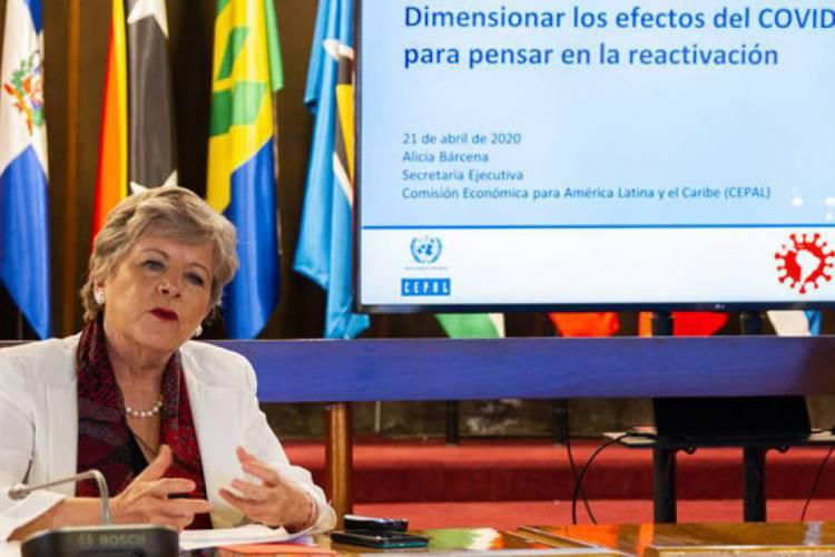 Alicia Bárcena, Secretária-Executiva da CEPAL, apresentou o relatório no Santiago do Chile. (Foto: Reprodução/Cepal)