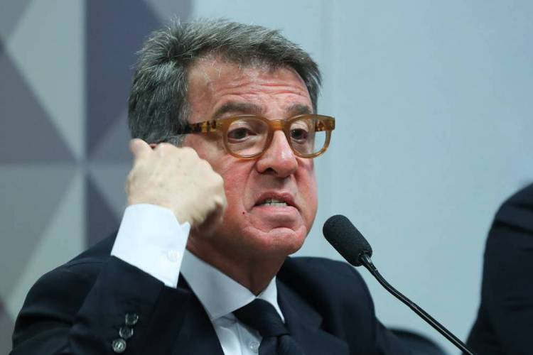 Paulo Marinho no dia em que falou à CPMI das fake news, já criticando duramente a família Bolsonaro (Foto: FOTOS PÚBLICAS)