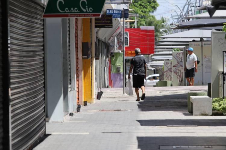 FASE INICIAL de abertura não contempla o comércio como um todo (Foto: FÁBIO LIMA)