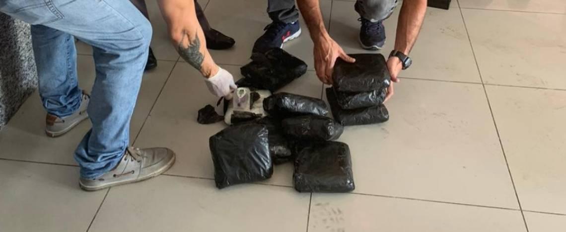 Operação da Polícia Federal prende cinco pessoa por tráfico de drogas no Aeroporto de Fortaleza nesta segunda-feira, 18 de maio de 2020.