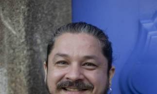 Cantor Alan Mendonça apresenta o projeto