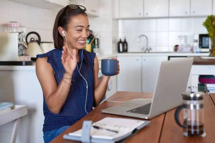 Por meio da tecnologia, os brasileiros têm desenvolvido relacionamentos com conversar mais significativas e gentis. (Foto: Divulgação/The Inner Circle) (Foto: (Foto: Divulgação/The Inner Circle)