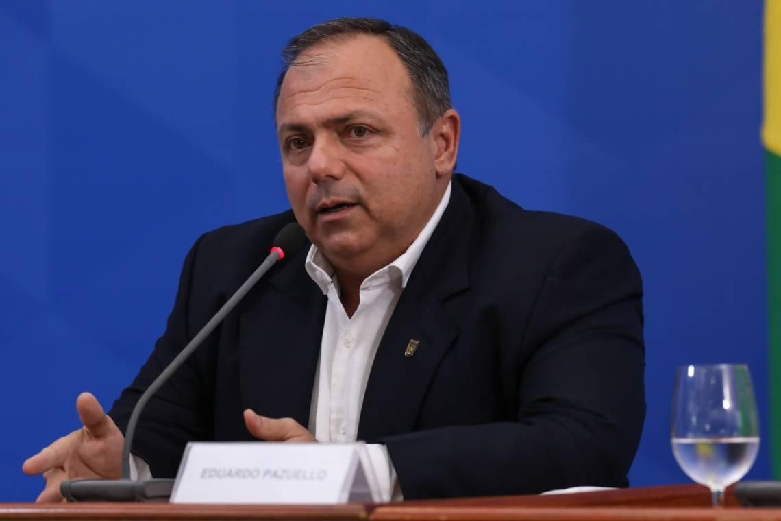 Ministro interino Eduardo Pazuello não participa das coletivas sobre coronavírus