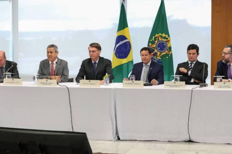 Bolsonaro e ministros em reunião (Foto: Crédito: Marcos Corrêa/PR)
