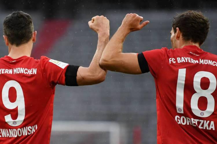 Com mais gol anotado, Lewandowski chegou aos 27 gols na Bundesliga (Foto: AFP)
