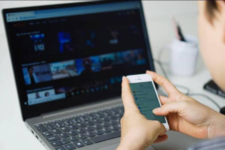Segundo levantamento da Organização Internacional do Trabalho (OIT), até abril 59 países adotaram a alternativa do teletrabalho (Foto: JULIO CAESAR)
