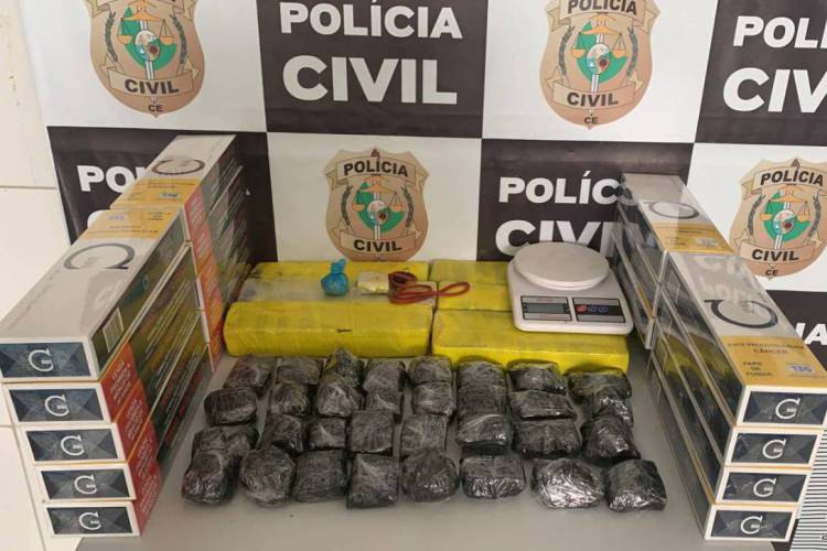 Seis quilos de maconha foram apreendidos em Crateús. Foto: Ascom Polícia Civil (Foto: Ascom Polícia Civil)