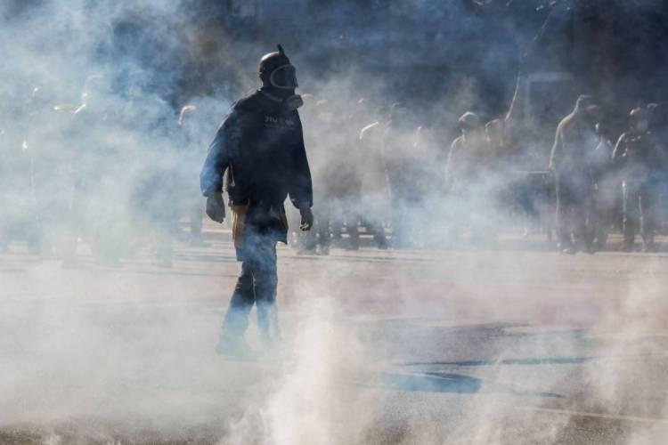 Organização do protesto envolve grupos antifascistas ligados a torcidas organizadas de futebol (Foto: Nelson ALMEIDA / AFP)