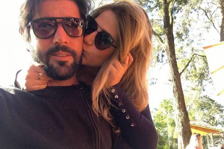 Jéssica e Sandro em publicação no Instagram do ator (Foto: Reprodução/Instagram)