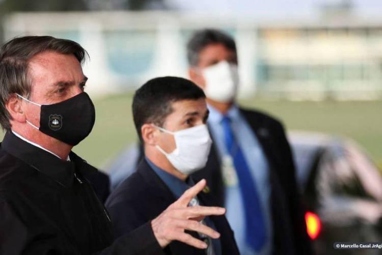 Bolsonaro vetou ainda artigos que tratavam de transporte por aplicativos e ampliava poderes de síndicos (Foto: AGÊNCIA BRASIL)