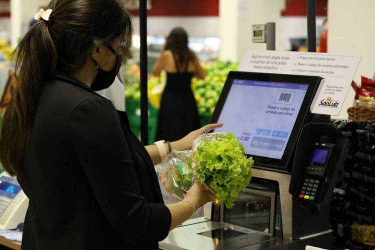 Preço de alguns itens apresentam variações na Capital (Foto: Fabio Lima)