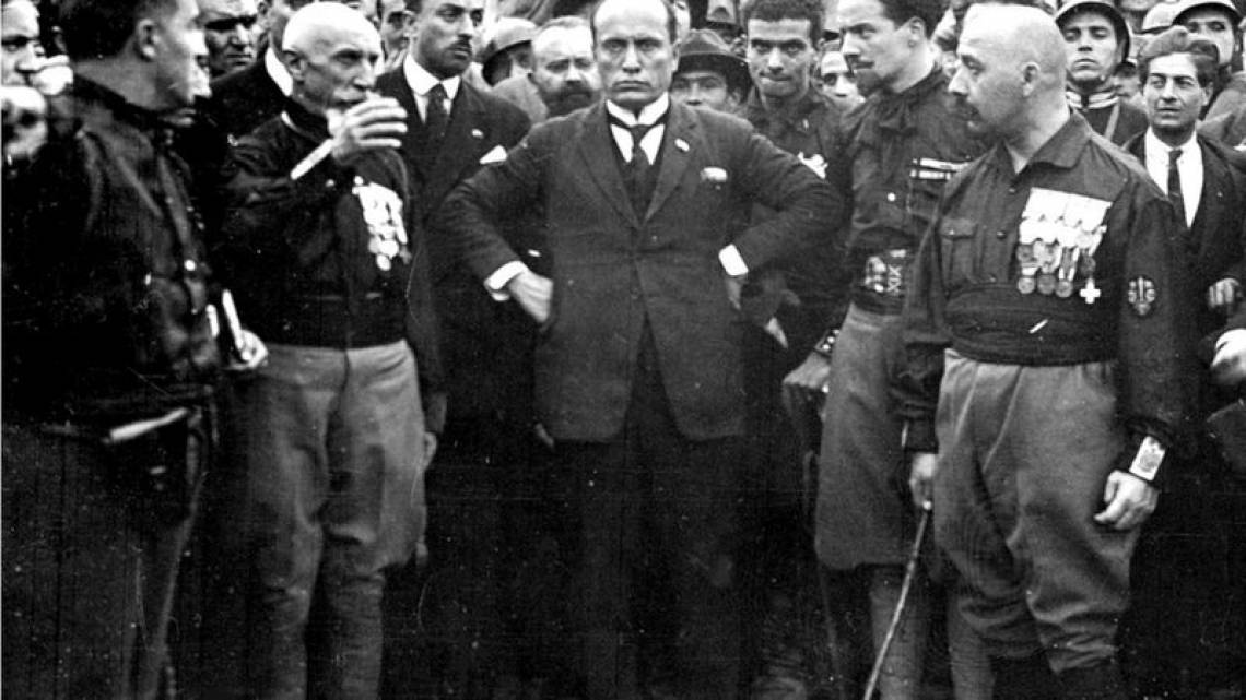 """Líder fascista Benito Mussolini: """"Muitos inimigos, muita honra"""""""