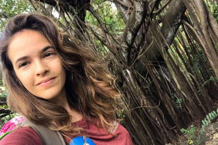 Bióloga Cecília Licarião, ornitóloga, mestra em ecologia pela Universidade Federal do Ceará (UFC).