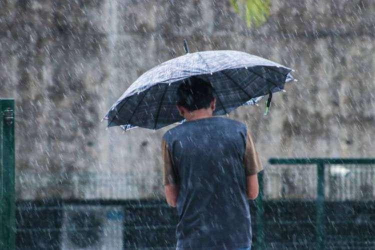 Previsão é de chuva forte em toda porção oeste e sul do Ceará (Foto: Thais Mesquita/O POVO)