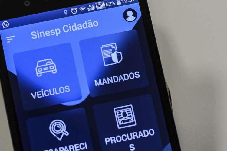 O Sinesp Cidadão é um aplicativo do Sistema Nacional de Informações de Segurança Pública  (Foto: Marcello Casal JrAgência Brasil)
