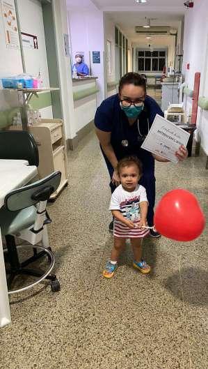 Anthony, de um ano e sete meses, recebeu alta na última sexta-feira, 12. (Foto: Divulgação/Sesa)