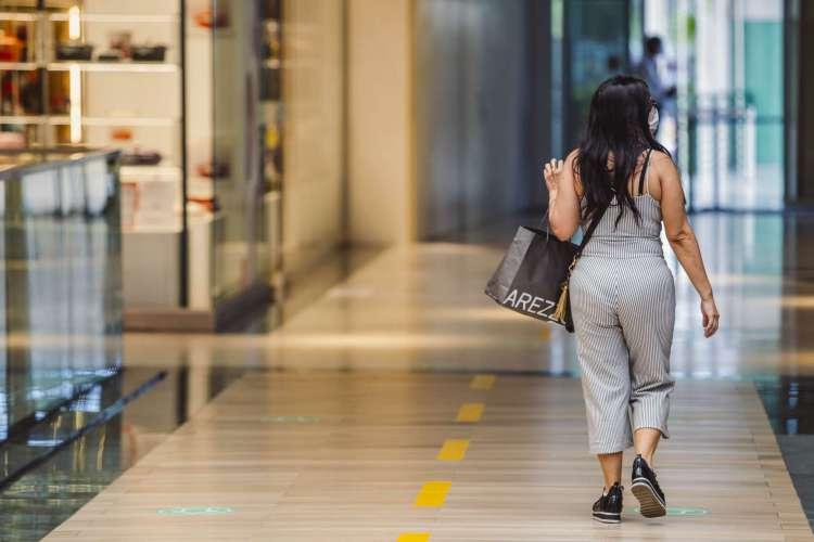 Shoppings de Fortaleza retomam as atividades às 10 horas a partir desta segunda-feira, 14(Foto: Aurelio Alves/O POVO) (Foto: Aurelio Alves/ O POVO)