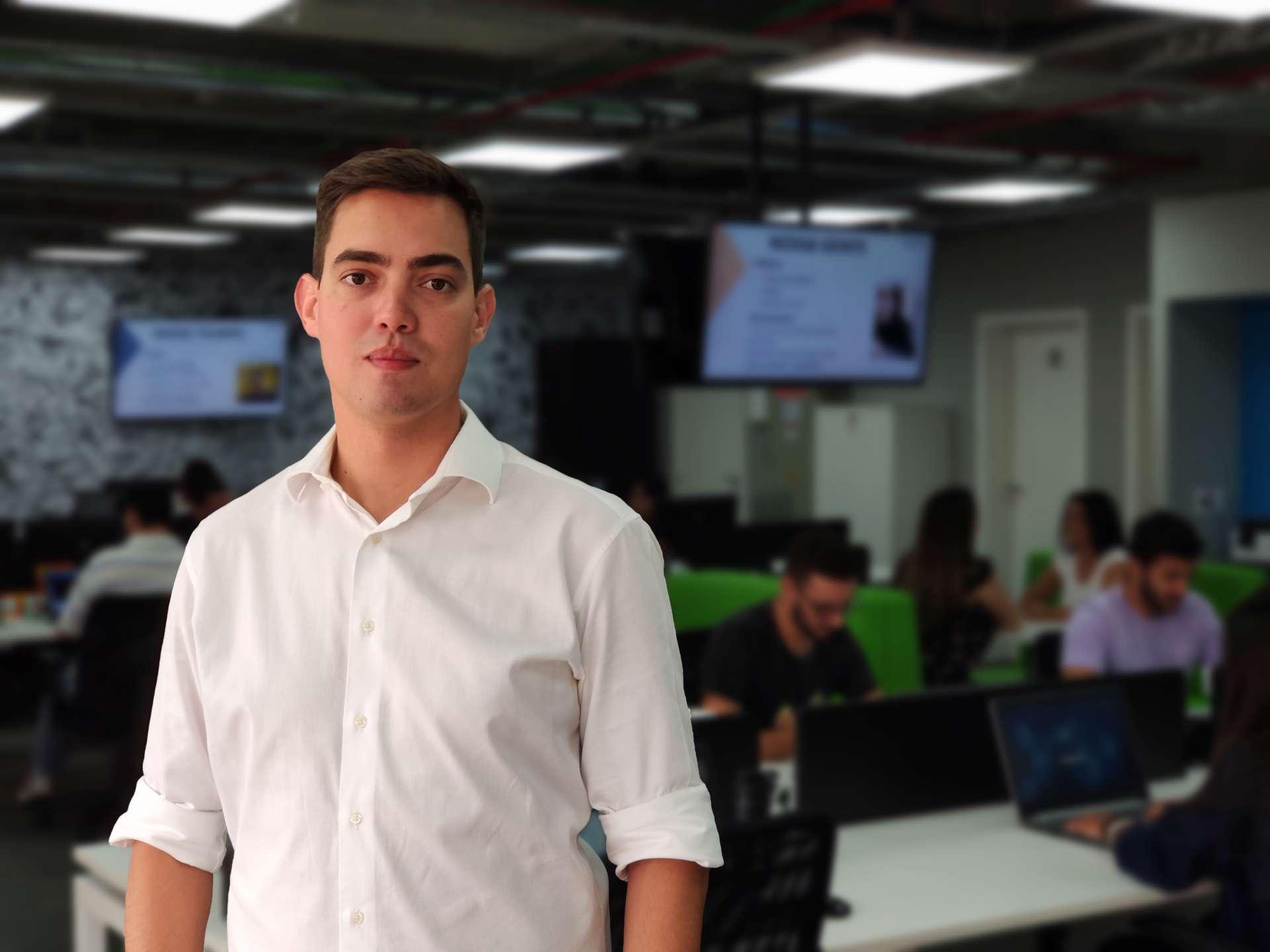 Thiago Souza, cofundador e head de marketing da Dootax, startup de automação fiscal